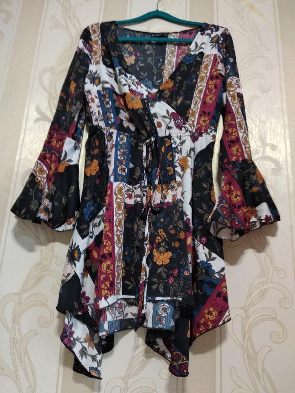 Шелковистое платье туника
