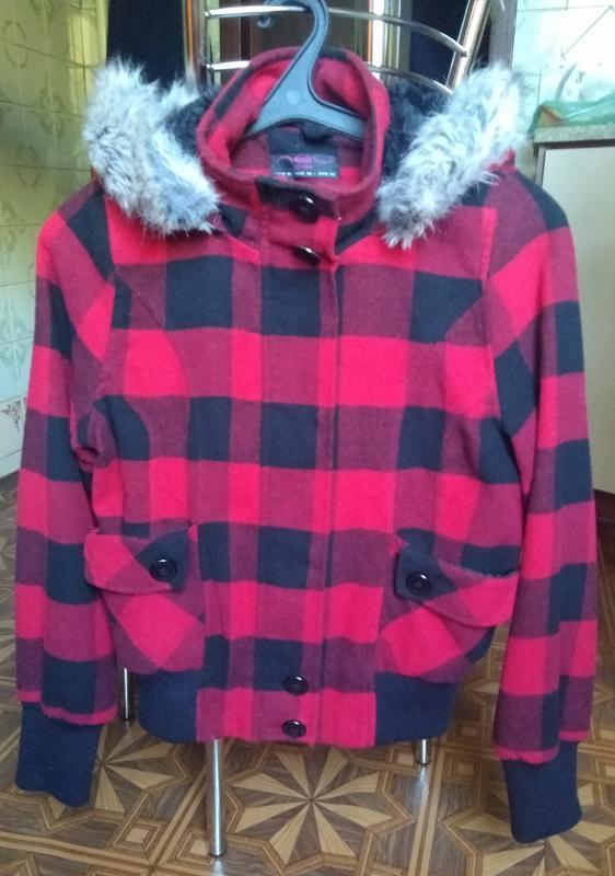 Клетчатая  куртка с капюшоном на меху р. s-m