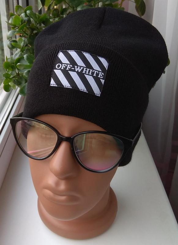 Новая модная шапка бини с нашивкой, черная
