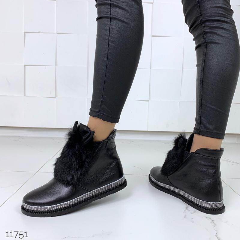 Зимние ботинки из натуральной кожи с опушкой из кролика - Фото 2