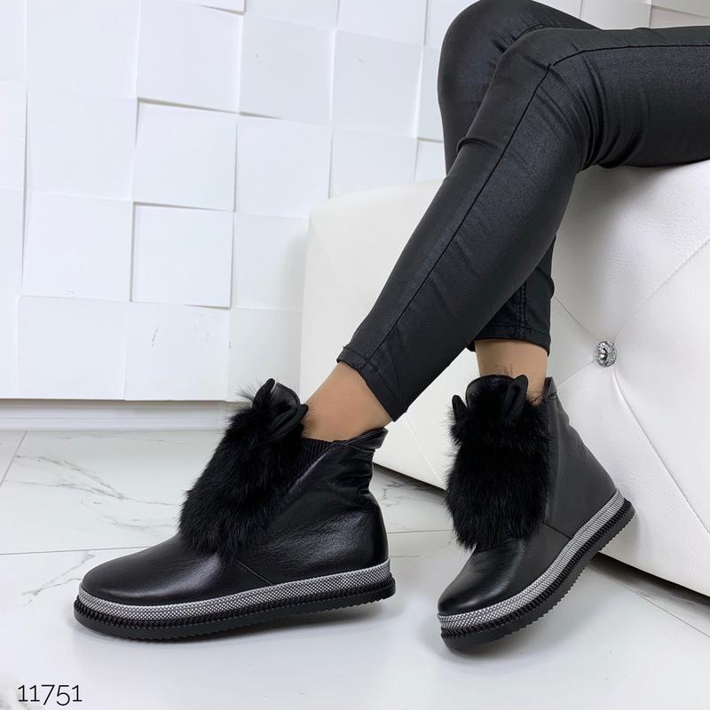 Зимние ботинки из натуральной кожи с опушкой из кролика - Фото 3