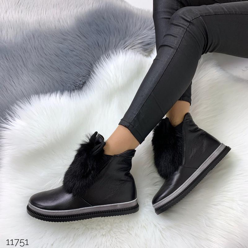 Зимние ботинки из натуральной кожи с опушкой из кролика - Фото 7