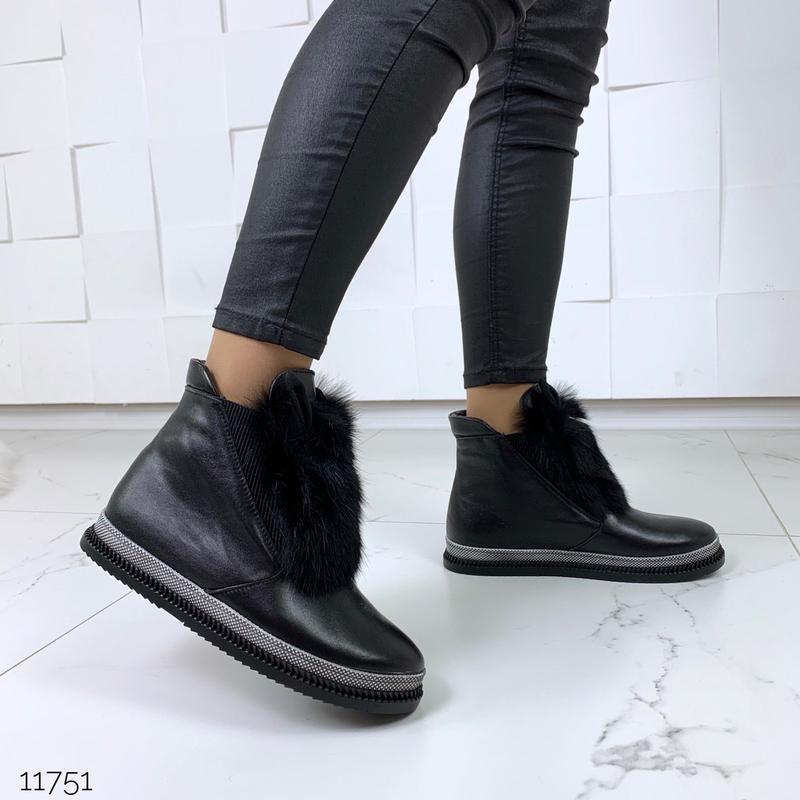 Зимние ботинки из натуральной кожи с опушкой из кролика - Фото 9
