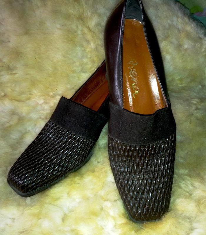 Удобнейшие кожаные коричневые туфли,40разм.,стелька-26,5см,италия