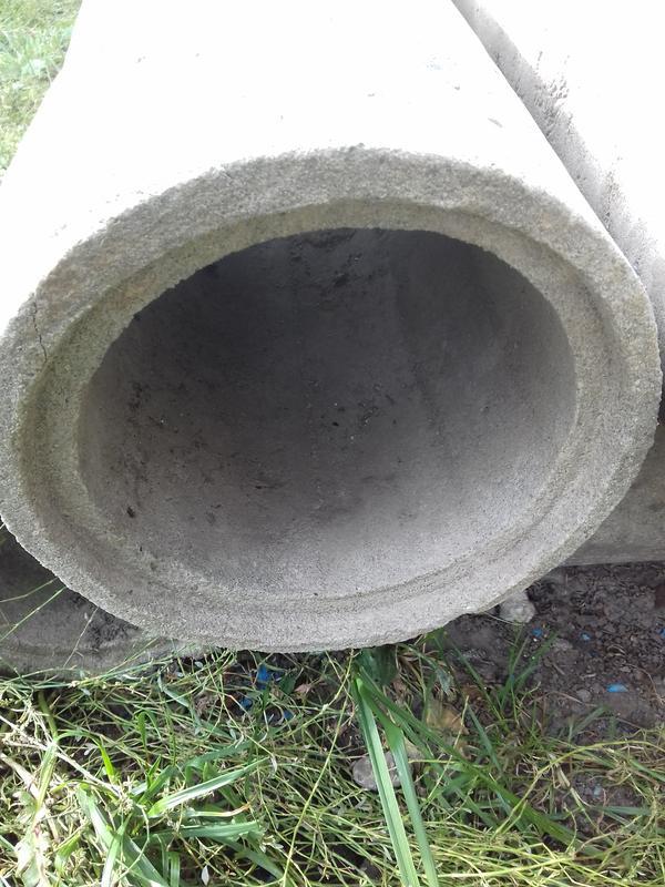 6Труб бетонних 6 штук.діаметер 27 см,довжина 68 см.Труба