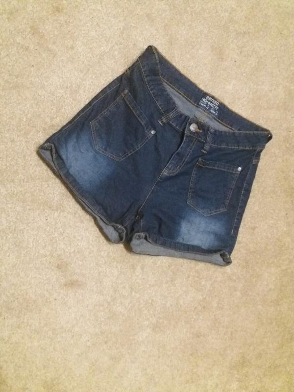Джинсовые шорты  на 48.50р #303