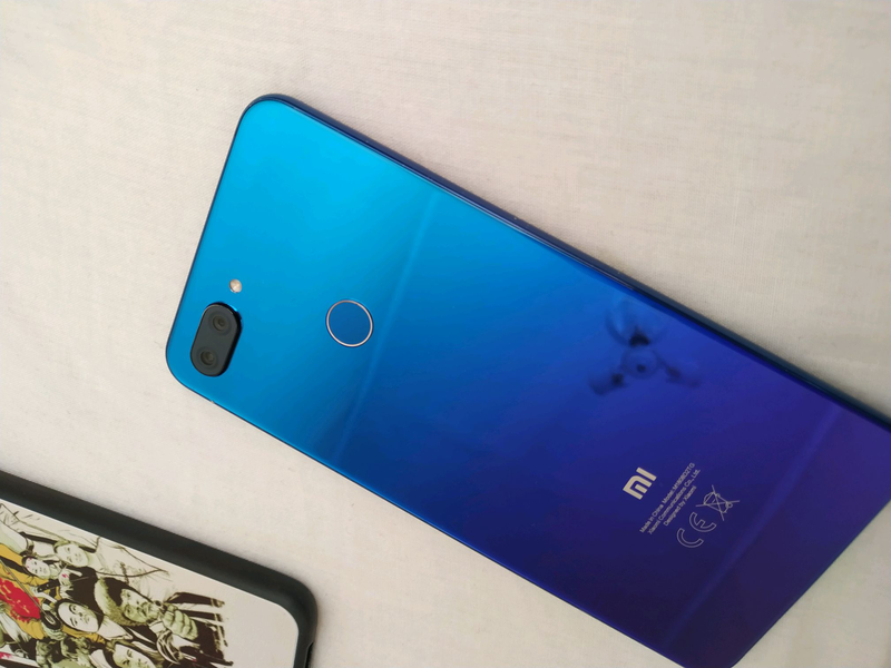 Xiaomi mi 8 lite 4/64 - Фото 2