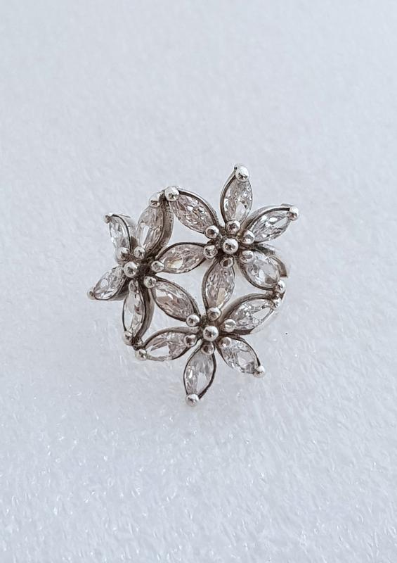 Серебряное кольцо 925 проба , 18 размер