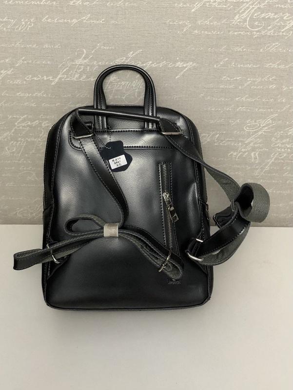 Кожаный черный женский рюкзак - Фото 2