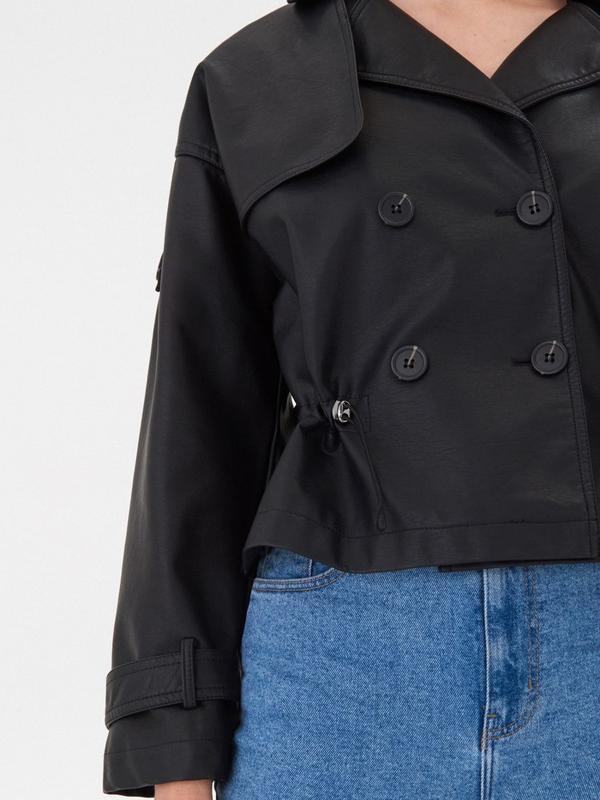 Продам новую женскую  демисезонную куртку косуху