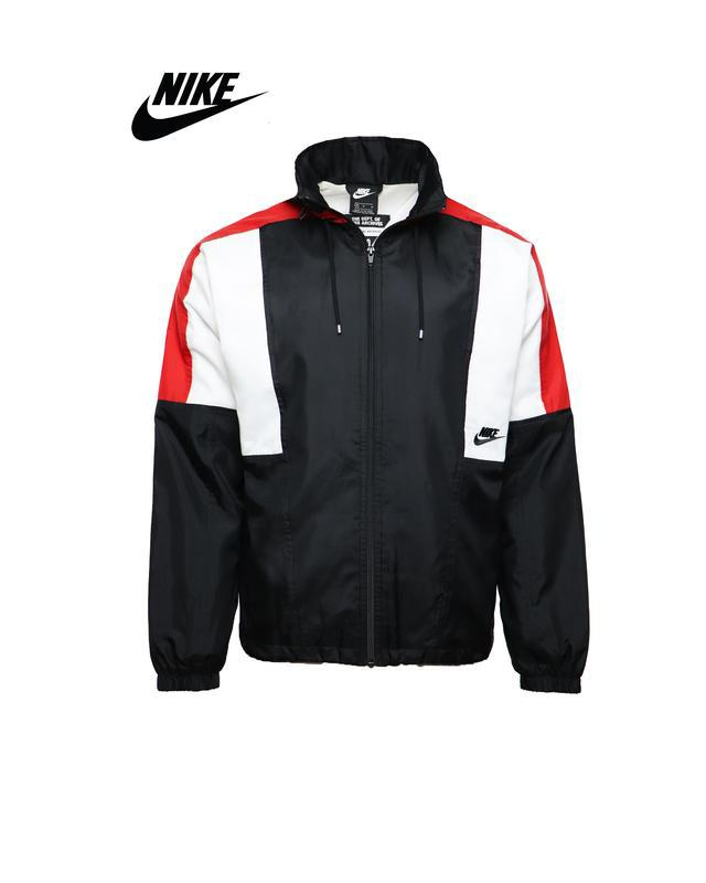 Мужская весенняя ветровка куртка  nike оригинал
