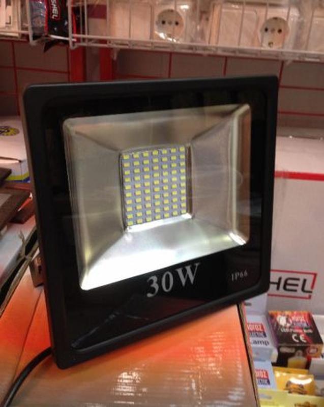 Нейтрал LED прожектор Philips 30w 20w светодиодный уличный фон...