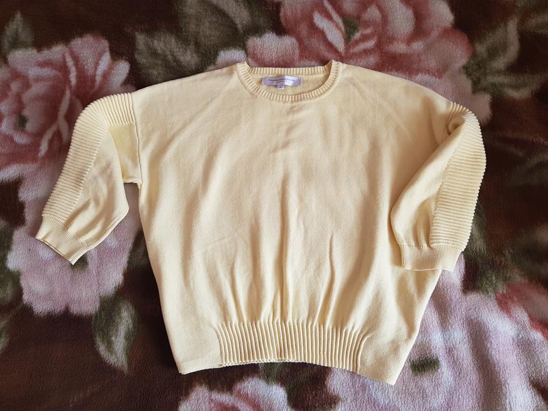 Нежный свитерок большого размера