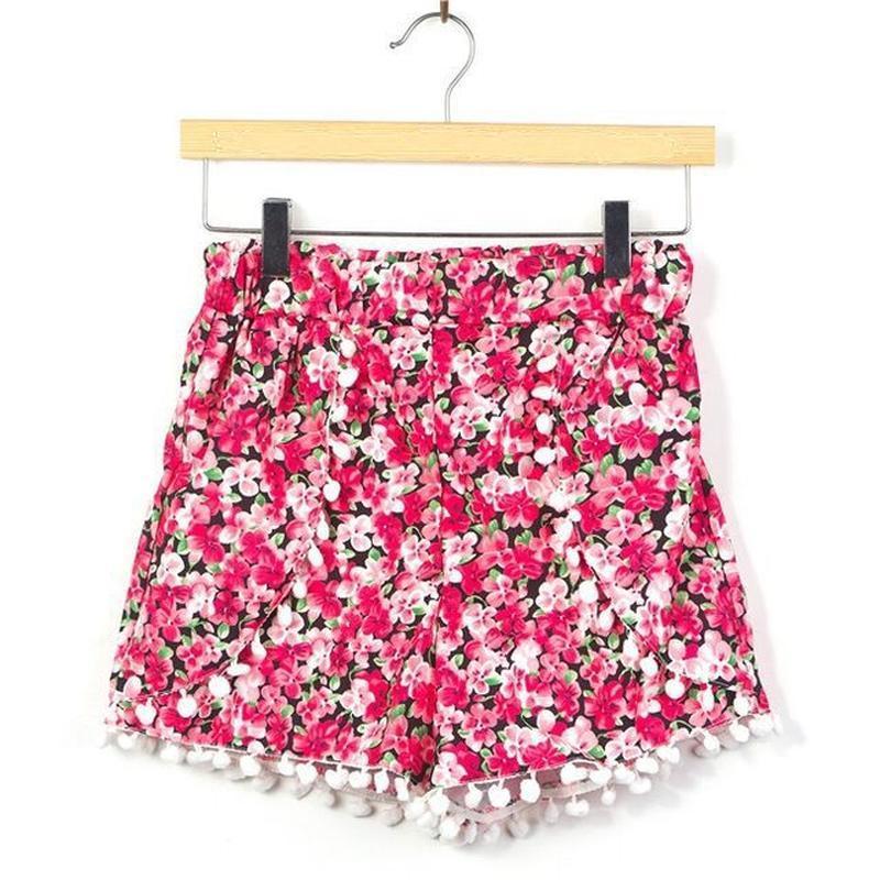 Новые цветочные шорты с помпонами