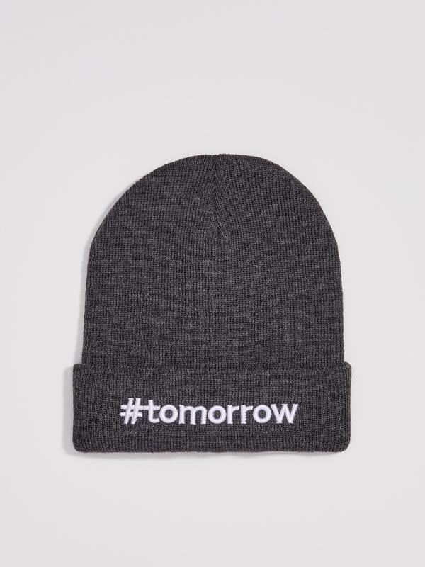 Новая женская темно-серая шапка серая польша вышитая надпись t...