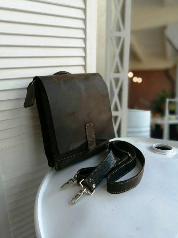 Эксклюзивная мужская сумка из натуральной кожи ручной работы
