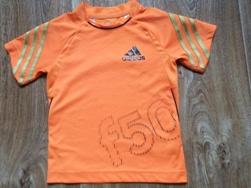 Детская футболка на 2-3 года
