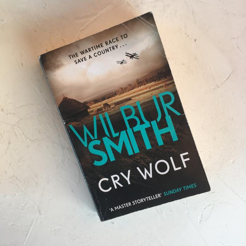 Книга на английском языке wilbur smith crywolf