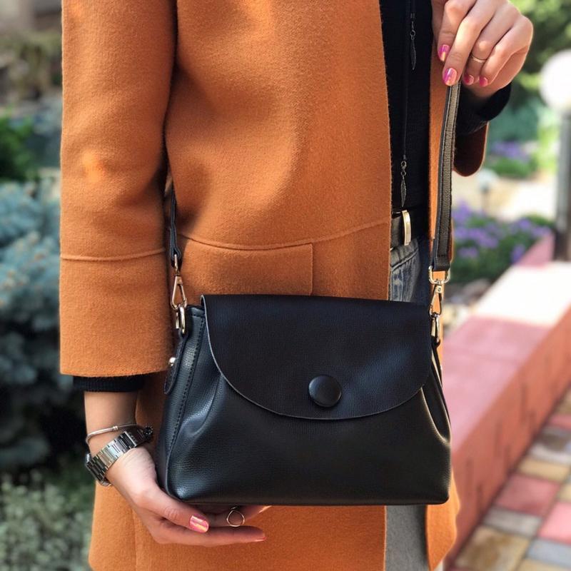 Женская кожаная сумка galanty чёрная с пуговицей жіноча шкірян... - Фото 2