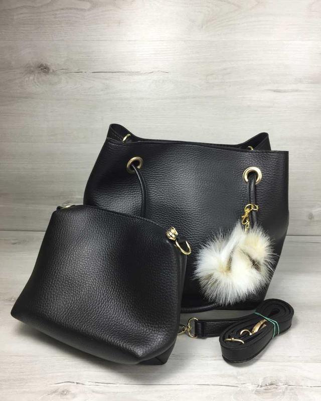 Набор сумка с косметичкой 2в1 с пушком черного цвета