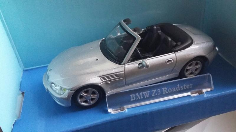 BMW  Z3 Roadster Cararama Масштаб 1:43