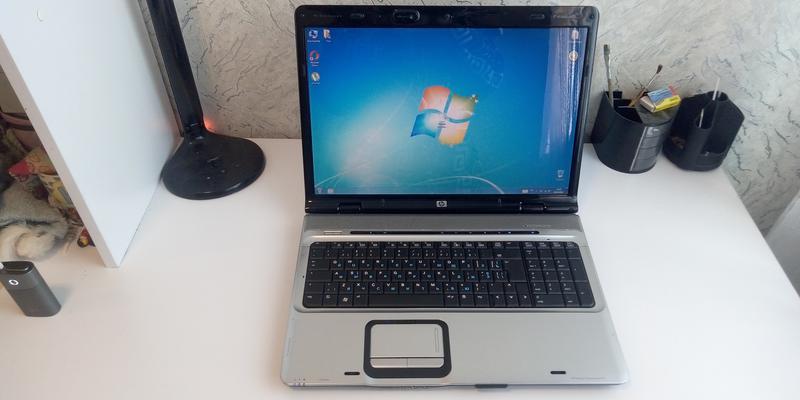 Красивый ноутбук HP pavilion DV 9000 17 дюймов экран живая батаре