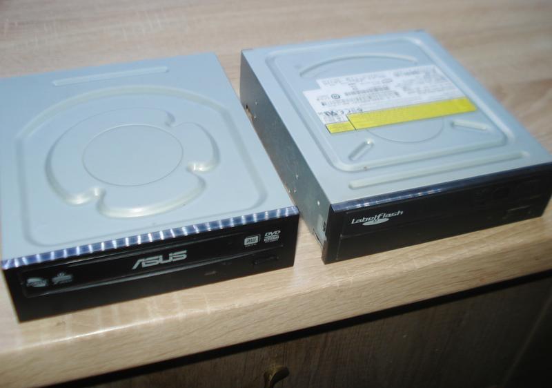 оптичний DVD-RW, ASUS.