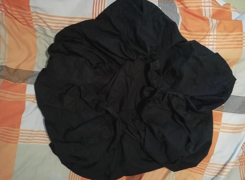 Черная простынь-наматрасник на резинке, 88х190х22см