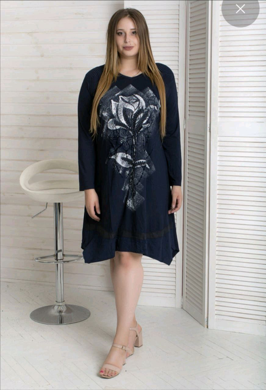 Платье с цветочком