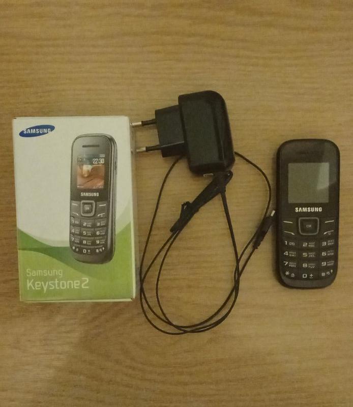 Мобільний мобильный телефон Samsung
