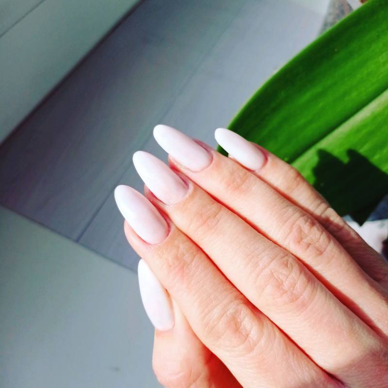 Наращивание ногтей, гель лак