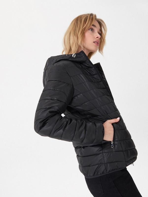 Продам новую женскую куртку с капюшоном - Фото 5