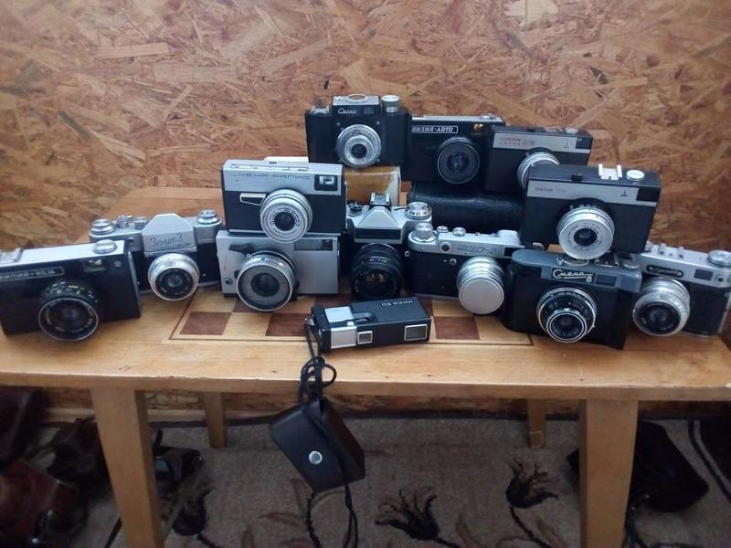 Продам небольшую коллекцию фотоаппаратов и кинокамеру
