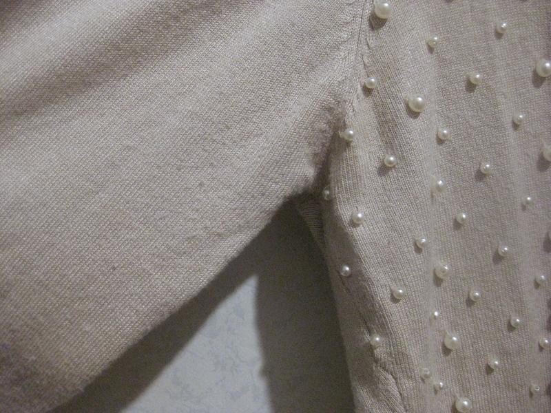 Джемпер кофта micha с бусинами жемчуг бежевая на пуговицах - Фото 5