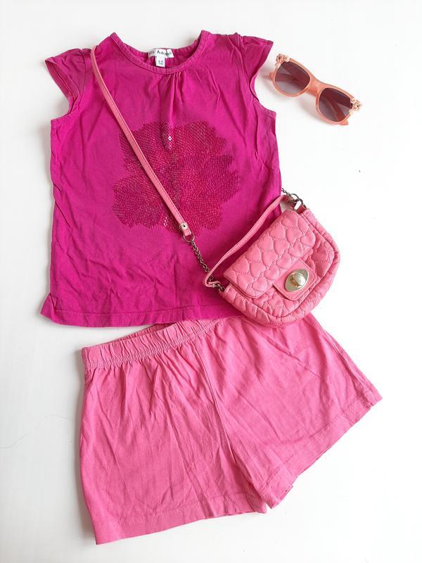 Костюм в садик на девочку 4-5 лет, шорты и футболка