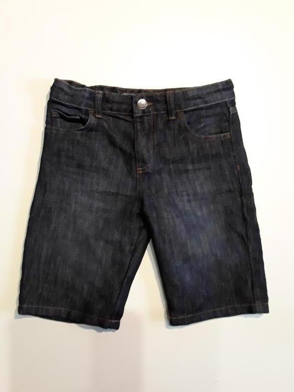Фирменные шорты 9-10 лет