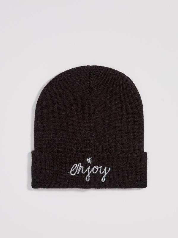 Новая женская черная шапка польша сердце сердечко вышитая надп...
