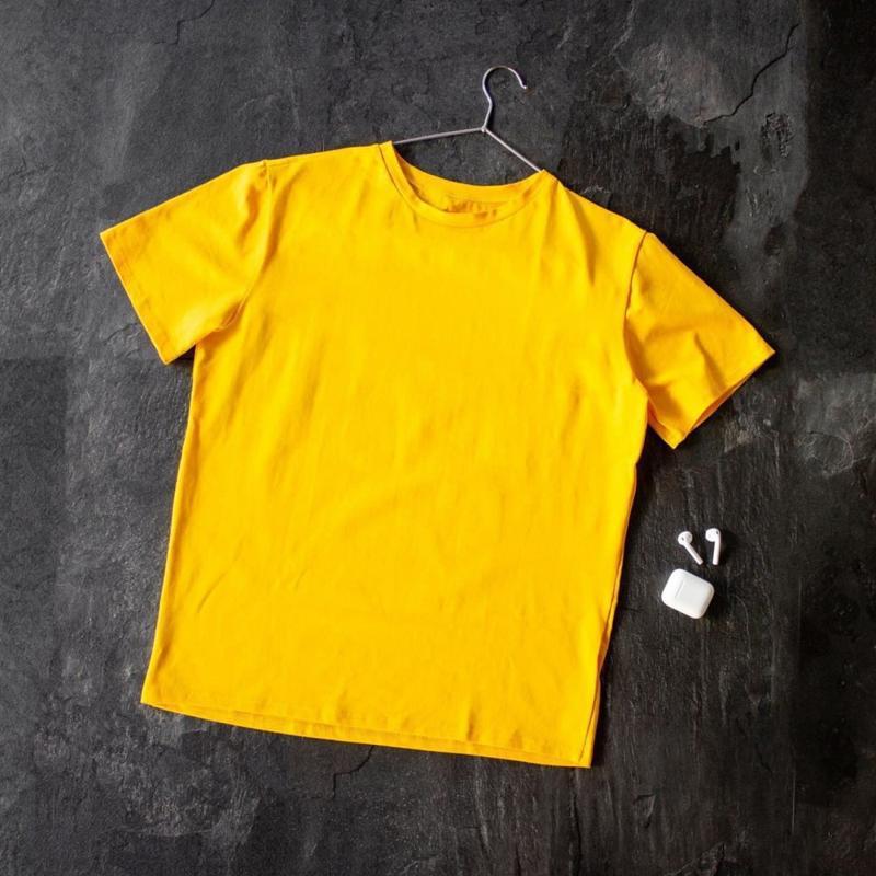 Футболка цвет желтый d12