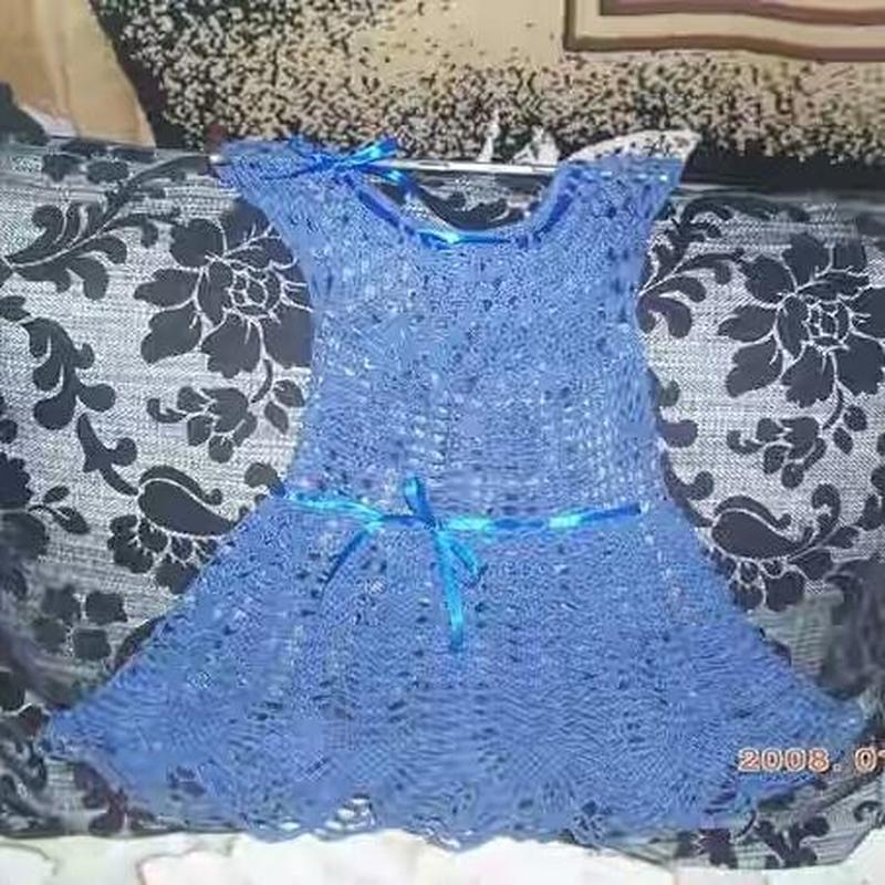 Свяжу на заказ платья для девочки крючком!