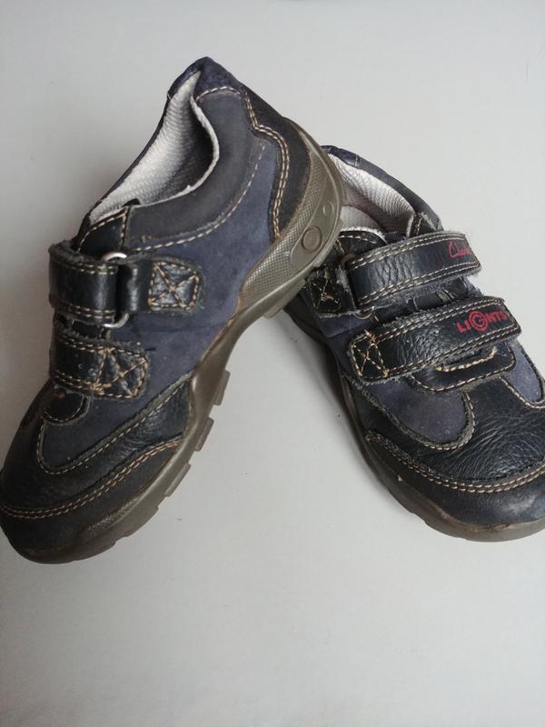 Кроссовки туфли clarks 8,5 f  с огнями