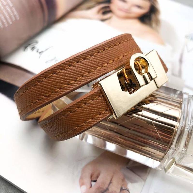 Стильный браслет - ремешок, тренд 2019