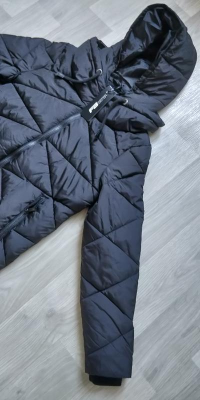 Продам новую женскую тёплую куртку с капюшоном - Фото 5