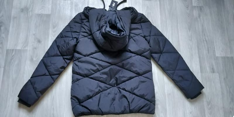 Продам новую женскую тёплую куртку с капюшоном - Фото 9