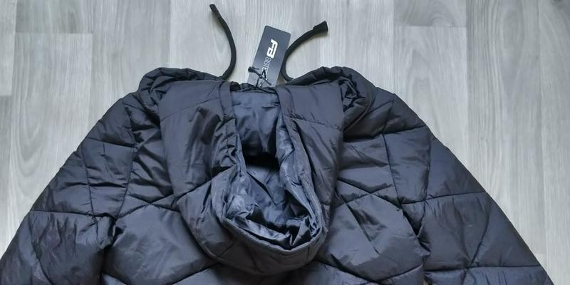 Продам новую женскую тёплую куртку с капюшоном - Фото 10