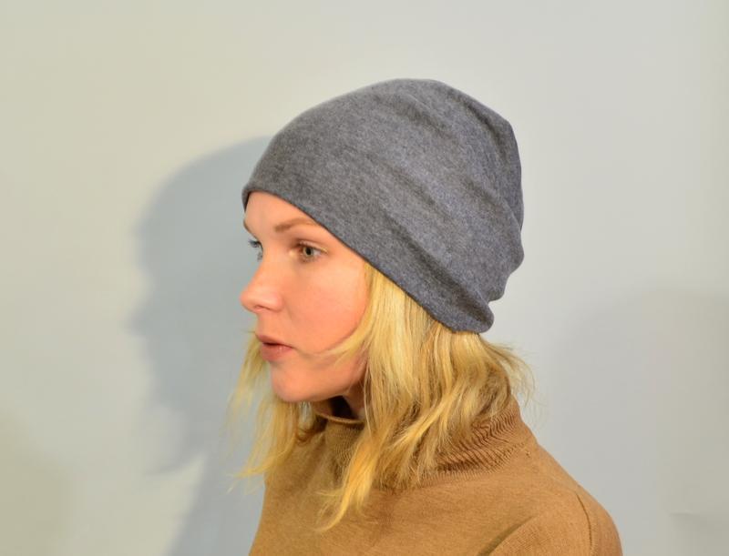 4025\10 серая трикотажная шапка noname