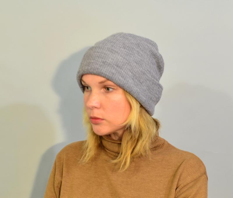 4026\20  светло-серая шапка noname