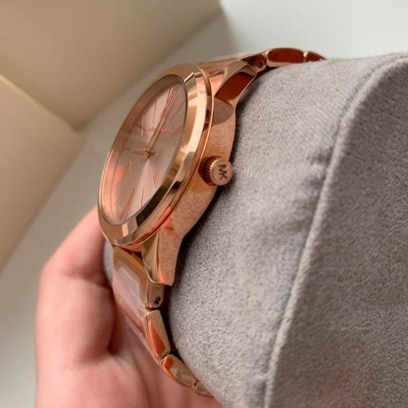 Женские часы Michael Kors MK3595 'Hartman' - Фото 3