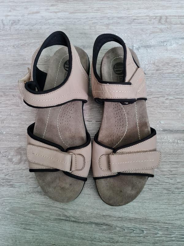 Сандалі босоніжки сандали