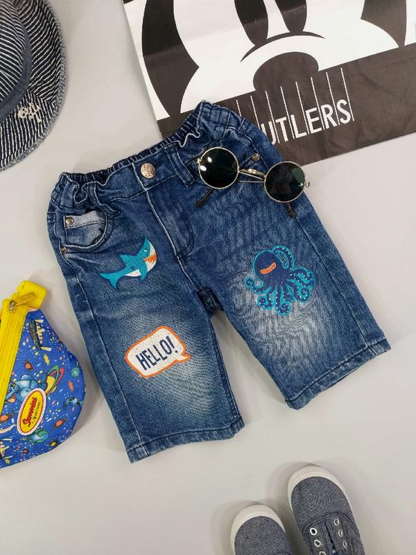 Шорты джинсовые с принтами 4-5 лет
