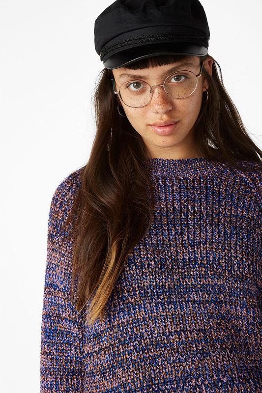 Легкий свитер, кофта